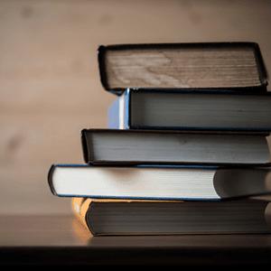 Kirjat ja oppaat